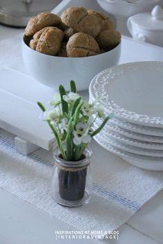 farmhouse table / kitchen
