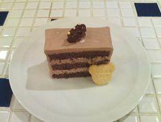 クルミのチョコレートケーキ