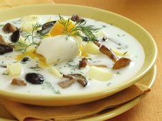 Kulajda soup: Dill heaven / Kulajda: koprove nebe Read Recipe by pk_chu Dill Soup Recipe, Czech Recipes, Ethnic Recipes, Soup Broth, European Cuisine, Borscht, Dukan Diet, Hot Soup, Beef Stroganoff