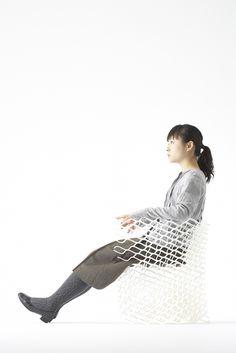 diamond chair / ダイヤモンドの結晶構造を活かし三次元プリンターで「出力」されたイス
