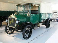 Mercedes-Benz Museum www.mercedes-benz-classic.com