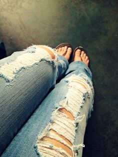Ripped Jeans <3