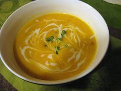 Chow Bella: Creamy Roasted Garlic and Butternut Squash Soup