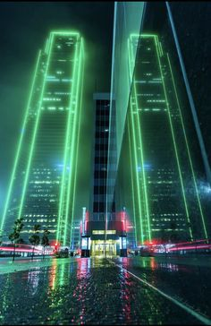 50 ideas science and technology background pictures Cyberpunk City, Ville Cyberpunk, Cyberpunk Aesthetic, Futuristic City, Futuristic Technology, Futuristic Architecture, Dark Green Aesthetic, Aesthetic Colors, Aesthetic Pictures