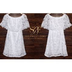 FLORAL MINI Off the Shoulder Lace Embroidered GownBoutique.  Size: Various