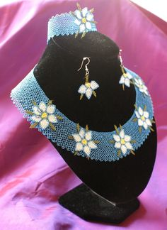 Needle Lace Handmade Necklace Set