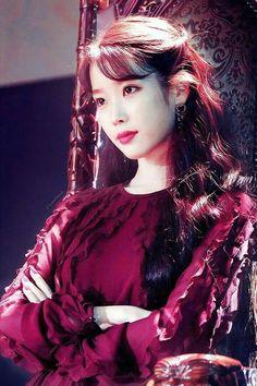 德鲁纳酒店 hotel Del Luna Khách sạn ma quái IU Iu Fashion, Korea Fashion, Iu Moon Lovers, Iu Hair, Cute Korean, Korean Girl, Badass Women, K Idol, Korean Actresses