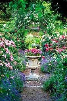 Wemyss Castle Garden, Fife, Scotland This is how I want mt garden to look, show Ryan Amazing Gardens, Beautiful Gardens, Beautiful Flowers, Landscape Design, Garden Design, Party Fiesta, Parcs, Garden Spaces, Dream Garden