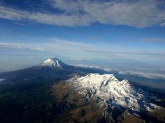 Los volcanes  La mujer dormida Iztlaccihualt Y el Popocatepelt
