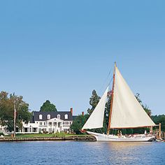 One of our favorite small towns, this coastal town is a bit of staid Britian on the laid-back Eastern shore. Saint Michaels Maryland, H & M Home, Romantic Getaways, Boat Plans, St Michael, Vacation Spots, Vacation Ideas, Weekend Getaways, Small Towns
