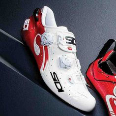 Check out the cycling shoes from the 2014 Triathlete Buyer's Guide. Bike Shoes, Cycling Shoes, Triathlon Shoes, Performance Cycle, Sports Equipment, Bicycle, Sneakers Nike, Lifestyle, Nike Tennis