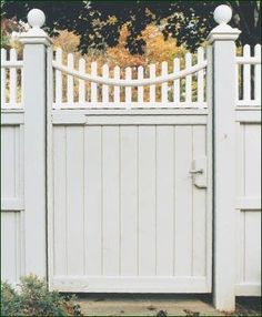 Universal Walk Gate with Highland Topper - Charming Caps and a curved Topper add warmth and style to a most practical Privacy Board Gate. Garden Gates And Fencing, Fences, Wooden Fence Gate, Walpole Outdoors, Door Gate Design, Fence Styles, Traditional Landscape, Entrance Gates, Backyard Projects