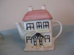 Back of previous teapot