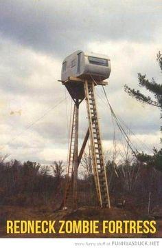 funny-caravan-trailer-ladder-redneck-zombie-fortress-pics.jpg 500×764 pixels
