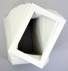 Pack of 100 5x7 WHITE Picture Mats Mattes with White Core Bevel Cut for 4x6 Photo + Back + Bags - Parent gifts for students to give