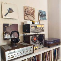 Home Audio Speakers, Audio Room, Hifi Audio, Audio Studio, Vinyl Room, Vinyl Record Storage, House Rooms, Living Rooms, Kitchen Interior