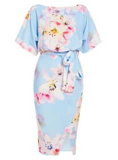 Pale Blue Floral Print Batwing Dress - Quiz Clothing Source by dresses Simple Dresses, Beautiful Dresses, Casual Dresses, Fashion Dresses, Awesome Dresses, Floral Dresses, Elegant Dresses, Maxi Dresses, Girly Outfits