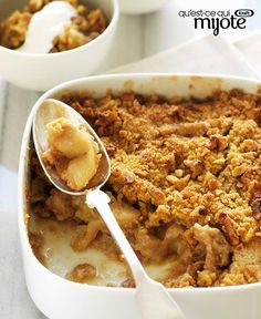 Learn how to prepare this easy Vegan Apple Crisp recipe like a pro. With a total time of only 50 minutes, you'll have a delicious dessert ready before you know it. Quick Dessert Recipes, Sugar Free Desserts, Easy Desserts, Delicious Desserts, Vegan Apple Crisp, Apple Crisp Recipes, Apple Tv, Mets, Eat Smarter
