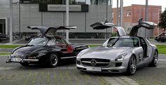Mercedes-Benz SLS AMG (C 197) & Mercedes-Benz 300 SL (W 198)