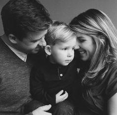 Eric Kelley Black and White Family Session - via inspiredbythis
