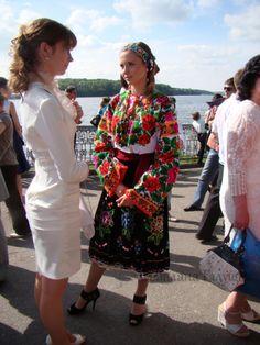 Gallery.ru / Фото #11 - Випускний у вишиванках (Тернопіль, 29.05.2010) - svetik67