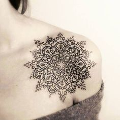 Finest Mandala Tattoo Designs And Concepts For Males And Girls There are numerous tattoo designs out there in tattoo artwork. Mandala is considered one of them. Mandala means circle. Mandala is Mandala Tattoo Design, Mandala Art, Colorful Mandala Tattoo, Mandala Feather, Tattoo Henna, Get A Tattoo, Neue Tattoos, Body Art Tattoos, Girl Tattoos