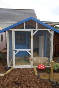 http://www.bramblebunnies.co.uk/boarding/cantaloon-cottages/