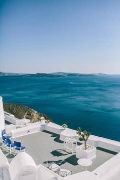 Intimate Santorini Wedding. Hues of Blue