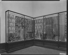 The Metropolitan Museum of Art, Wing H, Room 15; View of brocaded textiles display, facing north east. Photographed in March 1925.