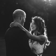 Love to send photos off to my couples sad that I don't get to edit them anymore!! Today: Jaclyn and George.