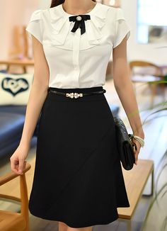 Semi-Flared Silhouette Skirt – Office's Outfit Fashion Outfits, Womens Fashion, Fashion Trends, Work Attire, Office Outfits, Mode Style, Asian Fashion, Blouse Designs, Dress Skirt