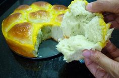 New Food Alert: Pandan Bread - Foodista.com Asian Desserts, Asian Recipes, New Recipes, Favorite Recipes, Bread Recipes, Baking Recipes, Bread Improver, High Protein Flour