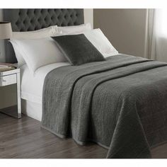 Brooklyn Pewter Velvet Large Bedspread
