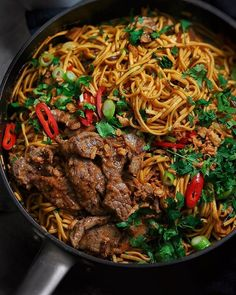 Miso Marinated Steak Noodles via . Coriander Cilantro, Fresh Coriander, Fresh Ginger, Mie Goreng, Healthy Snacks, Healthy Eating, Eat Better, Monthly Meal Planning, Healthy Recipes
