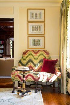 Wendy Lloyd Interior Design | Princeton, NJ Residence  #dcdesigner #bethesdamd #classicdesign #modernart #colorfulspaces #velvetsofa #greenvelvet #traditionallivingroom #tudorstyle #tudorhome #englishtudorinterior #englishtudor #floralfabrics #wallplate #ceilingdesign #ceilingdetail #stripedcurtains #flamestitch #flamestitchfabric #customrug
