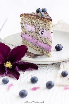 Blueberry Poppy Seed Cake // Heidelbeer-Mohntorte • from Maras Wunderland