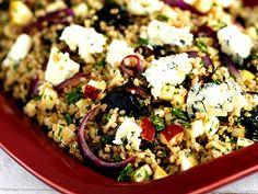 Bulgursallad med grönkål och ädelost | Recept.nu