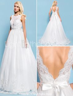Balklänning Hovsläp Brudklänning - Elfenben (färgen kan variera beroende på  datorskärm) Båtringning Tyll Plusstorlekar 3d9413c612a96