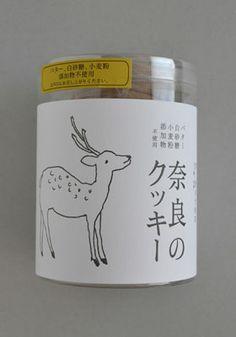 た奈良のクッキー container of cookies