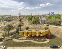 Container Stack Pavilion,Courtesy of People's Architecture Office