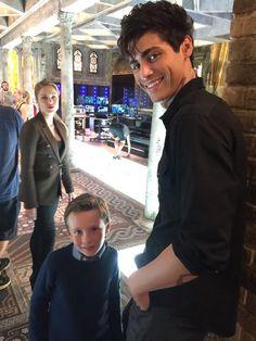 Big bro Alec @MatthewDaddario and his little bro, Max. @ShadowhuntersTV @ShadowhuntersWR