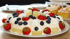 God kake til 17. mai. Et alternativ til eggelikørkaken. Denne er uten nøtter.