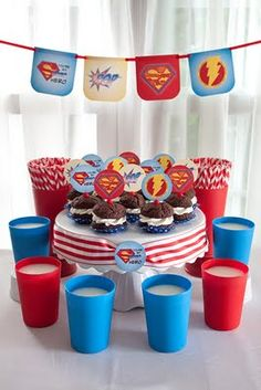 Superman party!  50 Best Father's Day Gift Ideas and Free Printables | Craftionary
