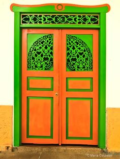 Orange-Green Door Columbia - ID 9044497 © Maria Coulson  sc 1 st  Pinterest & A typical brightly painted front door of a house in Salento Quindio ...