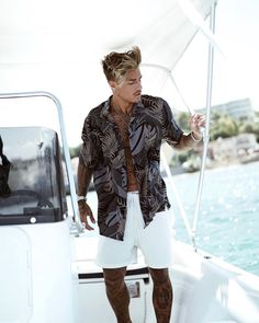 """32.6k Likes, 201 Comments - JOHNNY • EDLIND (@johnnyedlind) on Instagram: """"casually on a boat in a weird shirt⛵️"""""""