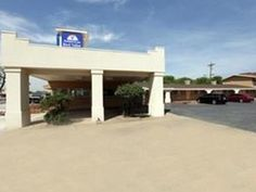 Elk City (OK) Americas Best Value Inn Elk City United States, North America Ideally located in the prime touristic area of West Elk City, Americas Best Value Inn Elk City promises a relaxing and wonderful visit. The property features a wide range of facilities to make your stay a pleasant experience. All the necessary facilities, including Wi-Fi in public areas, car park, are at hand. Each guestroom is elegantly furnished and equipped with handy amenities. The hotel offers var...