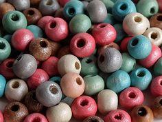 50 Perline di legno   MIX di Siria su DaWanda.com