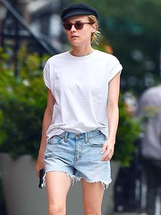 3 Ways to Wear a White T-Shirt Like Diane Kruger