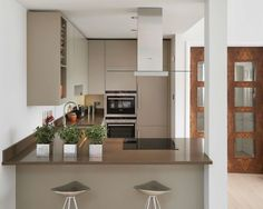 Eva Kitchen by McCarron & Co