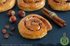 """Learn how to make super tasty gluten-free cinnamon rolls (""""Danish""""). Come and check out my step-by-step recipe with lots of photos! Gluten Free Sweets, Gluten Free Cooking, Gluten Free Recipes, Gluten Free Cinnamon Rolls, Doughnut, Danish, Food To Make, Dairy Free, Paleo"""